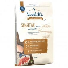 Hrana uscata pentru pisici Sanabelle Sensitive cu miel 10 kg